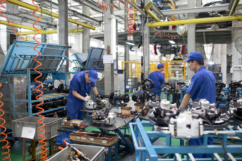 3 Major Industries of China & their Economic Contribution